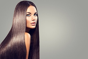 woman with long hair extensions